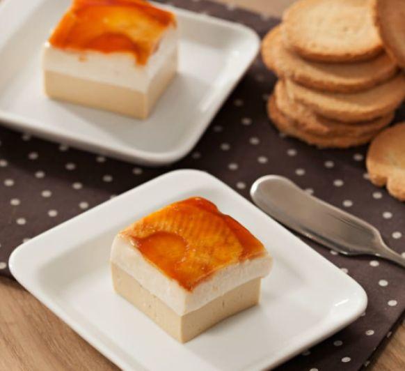 Mousse de foie y de queso de cabra con manzanas caramelizadas